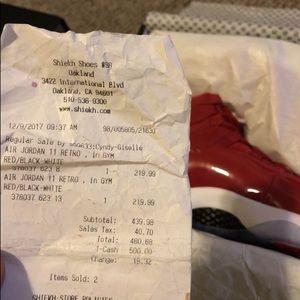 Jordan retro 11s Size 10 Receipt with box